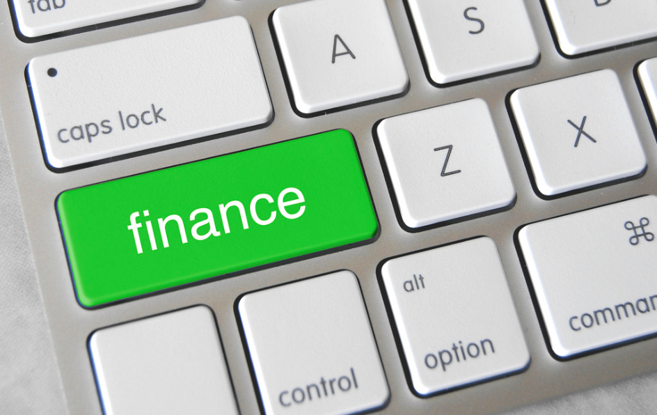 Why To Opt For Online Finance Courses | Daily News